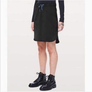 """Lululemon On The Fly Skirt *21"""" - Black"""